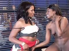 Sydnee Capri - Lesbian Babes
